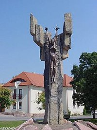 Sculpture – Corpus Hungaricum (1951 unveiled 1999)