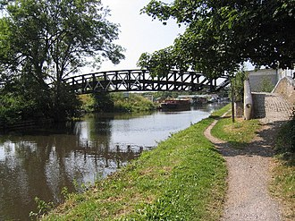 Yiewsley - Image: Cowley Peachy Junction, Grand Union Canal, Yiewsley geograph.org.uk 90224