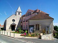 Crégy-lès-Meaux (77), mairie et église St-Laurent XIXe s., rue Jean-Jaurès 02.jpg