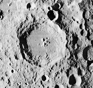 Daedalus (crater) - Lunar Orbiter 2 image