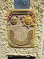 Dardilly - Cadran solaire Tempus fugit sur un portail privé (août 2018).jpg