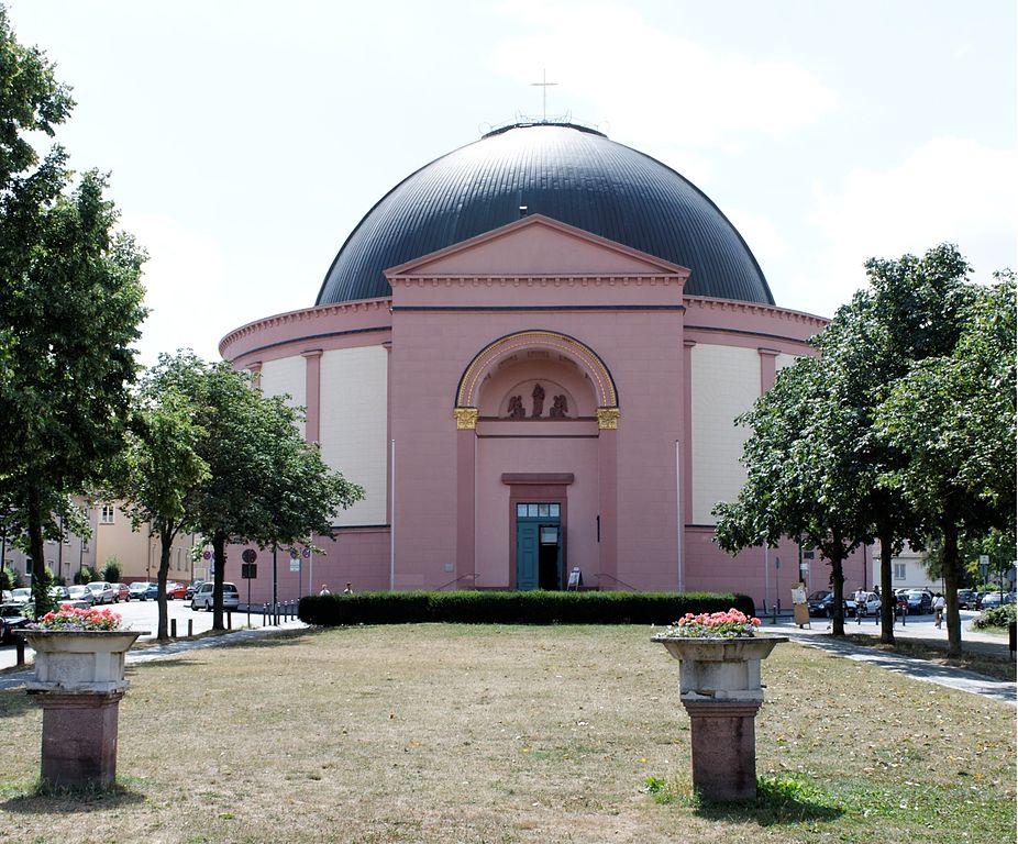 St. Ludwig in Darmstadt: Eine katholische Kirche? 926px-Darmstadt_St_Ludwig
