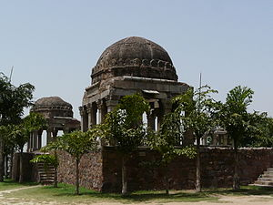 Kotla Mubarakpur Complex - Daryakhan's tomb