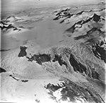 Dawes Glacier, icefield and icefall, August 23, 1976 (GLACIERS 5402).jpg