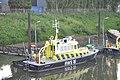 De RWS 16 voor de wal in de haven bij Rosandepolder (03).JPG