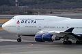 Delta B747-400(N666US) (4343078051).jpg