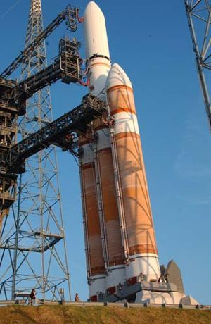 Modular rocket - A Delta IV Heavy, featuring three Common Booster Cores; one used as the first stage and two as boosters