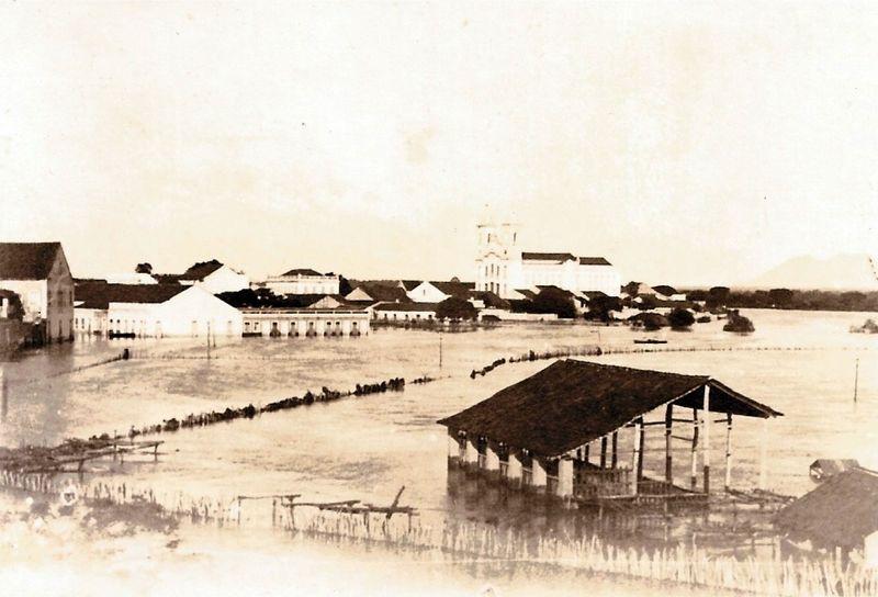 Ficheiro:Derby Clube Sobralense-platéia 1917.jpg