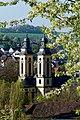 Die Schlosskirche Bad Mergentheim im Frühling.jpg