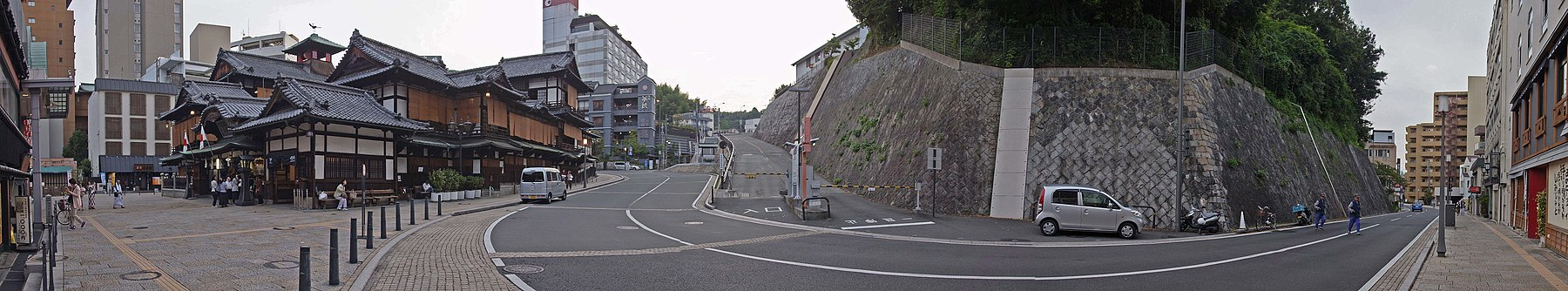 Dogo Onsen Honkan (Main bulding) , 道後温泉 本館 - panoramio (3).jpg