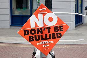 Deutsch: Plakat vor dem Referendum der Iren zu...