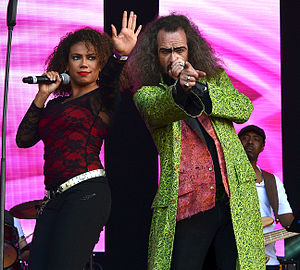 Doctor and the Medics - Melissa Weekes and The Doctor performing in June 2014. Photo by Andrew D. Hurley
