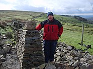 Dry stone wall building