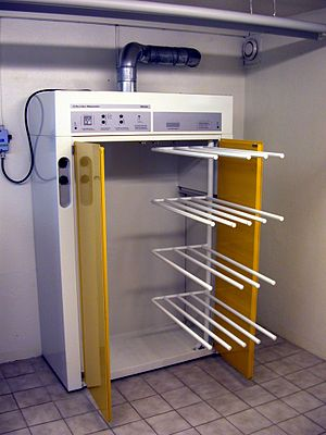 Major appliance - A drying cabinet
