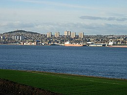 Dundee from Tay.jpg