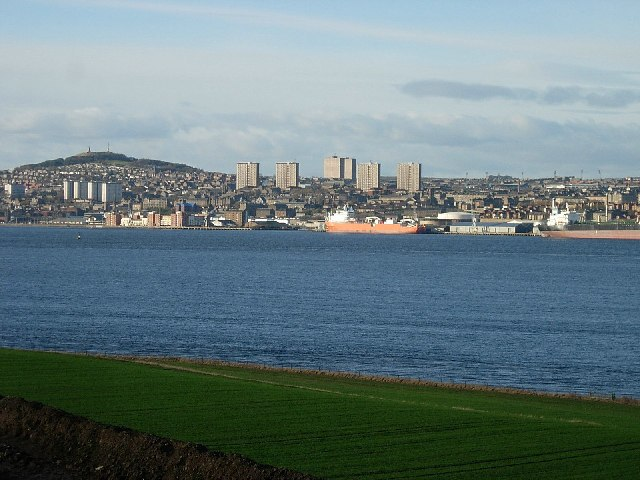 Dundee from Tay