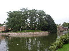Dunham Massey Hall - the mound - geograph.org.uk - 1712295.jpg