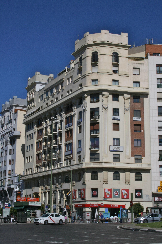 Edificios Titanic Wikipedia La Enciclopedia Libre