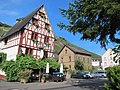 Erl along the Mosel river with wooden frame restaurant - panoramio.jpg