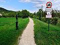 Erste Wiener Hochquellenleitung in Gainfarn Bad Vöslau nördlich Kottingbrunnerstrasse 300 6971.jpg