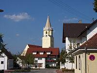 Essenbach-Kirche-Mariä-Himmelfahrt.jpg