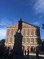 Estátua de Samuel Adams - Boston, MA, USA - panoramio.jpg