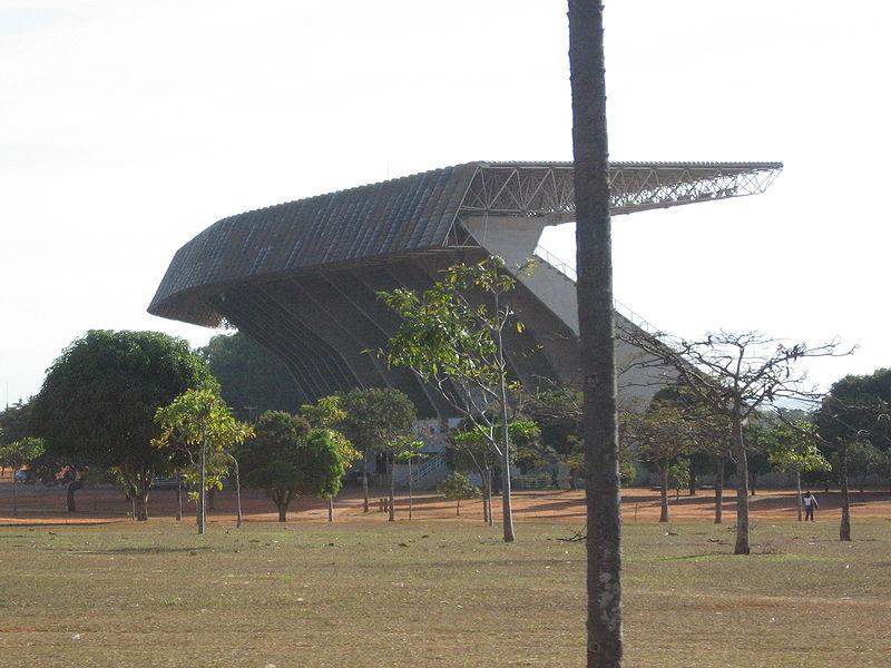 Ficheiro:Estadio Mane Garrincha 01.jpg