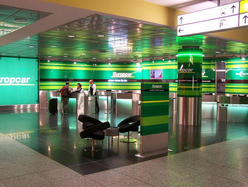 Car Rental Under 21 >> File:Europcar am Hannover Airport.jpg - Wikimedia Commons