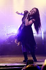 Evanescence at The Wiltern theatre in Los Angeles, California 03.jpg
