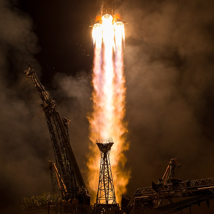 Expedition 53 Soyuz Launch (NHQ201709130005).jpg