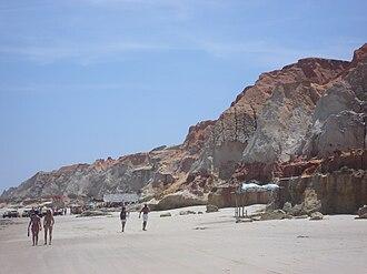 Beberibe Cliffs Natural Monument - Image: Falesias beberibe 2