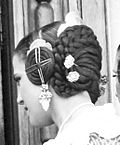 Falleras hairstyle 2008.jpg