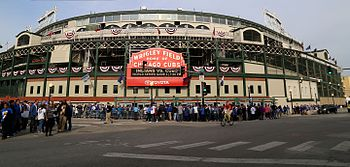 Fans descend on Wrigley Field for World Series Game 3. (30642800165).jpg