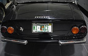 "Ferrari 365 Daytona Spider Corvette ""Miami Vice"" - III.jpg"