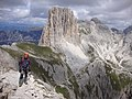 Ferrata Roda de Vael -sulla destra passo dei Mugoni - panoramio.jpg