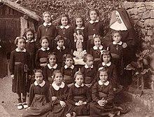 School Uniform  Wikipedia School Uniform