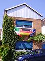Flaggen Italien Deutschland Australien in Maudach.jpg