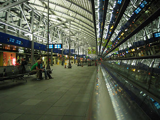Leipzig/Halle Airport - Concourse connecting the check-in and airside areas