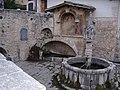 Fontecchio fontana.jpg