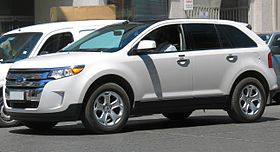 Ford Edge SEL AWD 2011 (15752253325).jpg