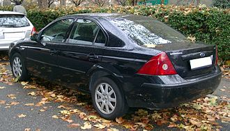 Ford Mondeo (second generation) - Saloon (pre-facelift)