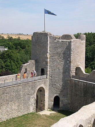 Loiret - Image: France Loiret Yevre le Chatel Chateau 06
