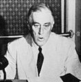 Franklin D. Roosevelt accepts nomination by DNC at Chicago from train at San Diego, California July 20, 1944 (1).jpg
