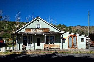 Frenchglen, Oregon - Image: Frenchglen Building (Harney County, Oregon scenic images) (har DA0002)