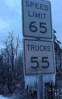 Frozen speed signs (32259661062).jpg