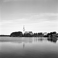 Gåxsjö kyrka och Gåxsjön 1950-tal.jpg