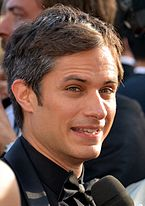 Color photo of Gael García Bernal.