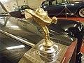 Galdames (Vizcaya)-Museo de coches antiguos-24-Emblema de Rolls Royce 'El espíritu del éxtasis'.JPG
