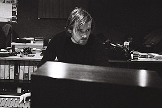 Geoff Barrow British musician, instrumentalist for the band Portishead