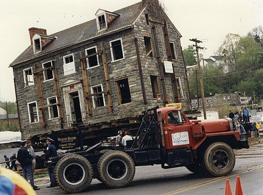George Ellicott House move, 1987 (24876962266)
